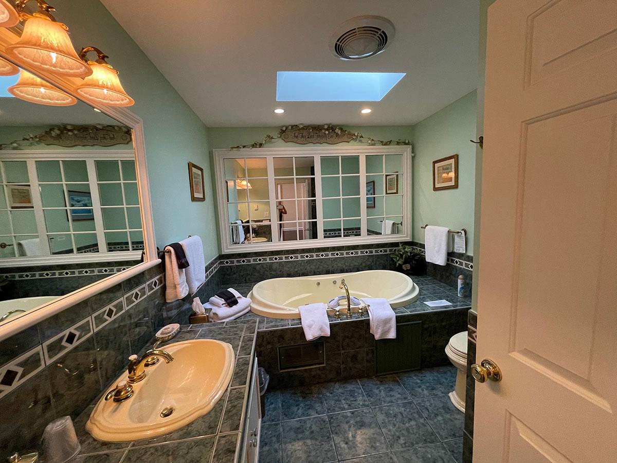Isabella's 'Sweet' Room bathroom with spa tub
